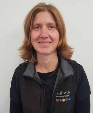 Dr. Mariella Roberts MRCVS – Veterinary Surgeon